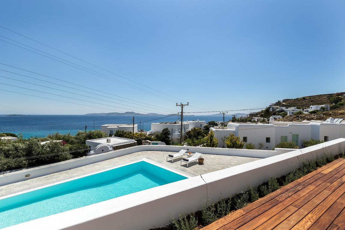 BougainVilla_Mykonos_swimming_pool_sea_view